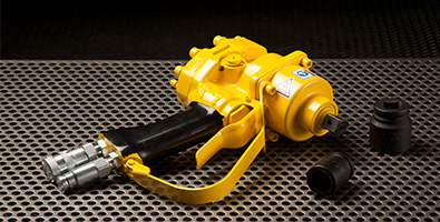 Subsea wrench